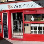 Vista exterior bar tapeo Sacromonte