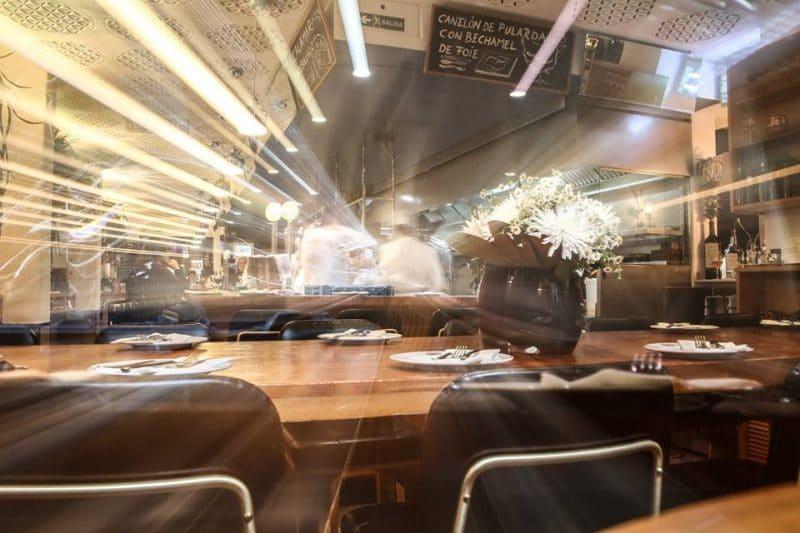 interior del bar cañete